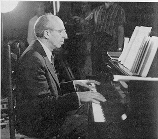 the biographies of aaron copland and vivian perlis Vivian perlis is director of oral history by aaron copland and vivian perlis alter damrosch, conductor of the new york symphony orchestra.